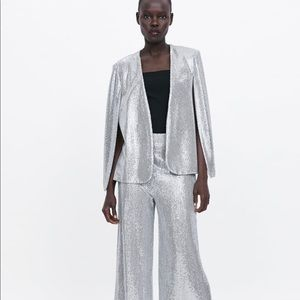 Zara cape with vents